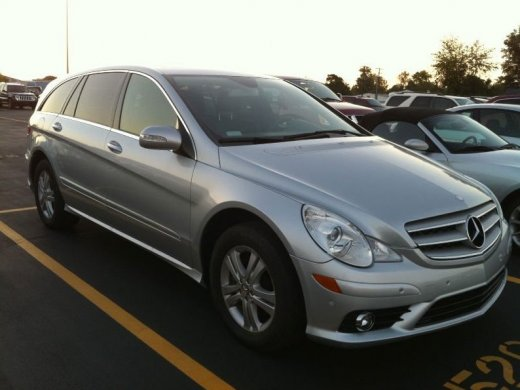2010 MERCEDES-BENZ R350 Online Average Sale Price HKD$90,250