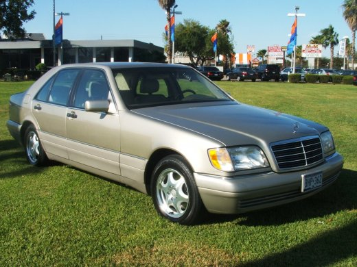 1997 MERCEDES-BENZ S320 Online Average Sale Price NTD$117,000