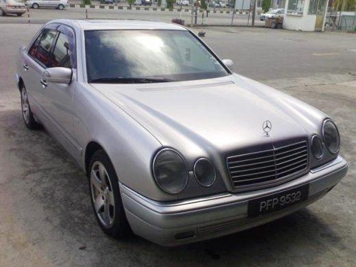 1999 MERCEDES-BENZ E240 2.4 Online Average Sale Price NTD$144,750