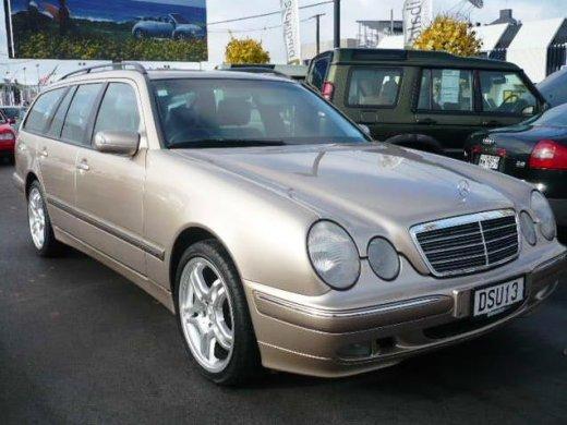 1999 MERCEDES-BENZ E240 2.4 網上放售平均價 NTD$151,400