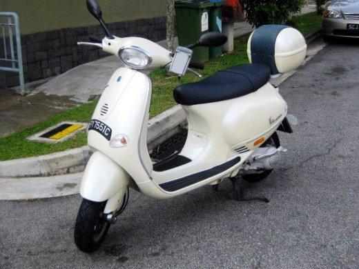 2003 PIAGGIO VESPA ET8 網上放售平均價 HKD$7,500