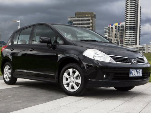 2010 NISSAN TIIDA HATCHBACK Online Average Sale Price HKD$31,750