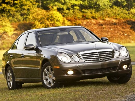 2004 MERCEDES-BENZ E320 Online Average Sale Price HKD$28,289