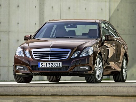 2011 MERCEDES-BENZ E350 Online Average Sale Price HKD$218,000