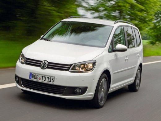 2012 VOLKSWAGEN TOURAN GT Online Average Sale Price HKD$63,125