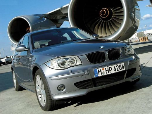 2004 BMW 120I Online Average Sale Price HKD$27,100