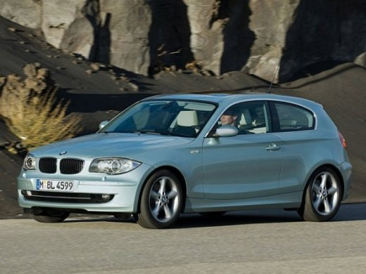 2006 BMW 130I Online Average Sale Price HKD$57,691