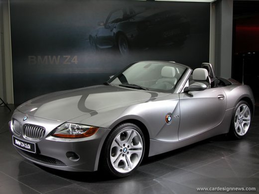 2006 BMW Z4 3.0 網上放售平均價 NTD$648,857