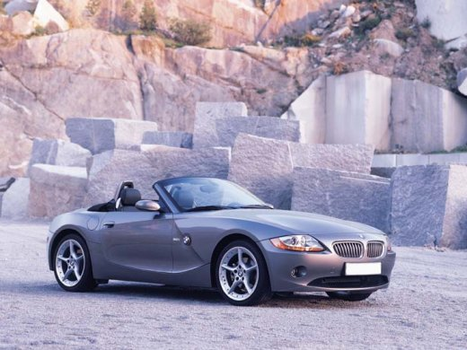 2004 BMW Z4 3.0 網上放售平均價 HKD$71,756
