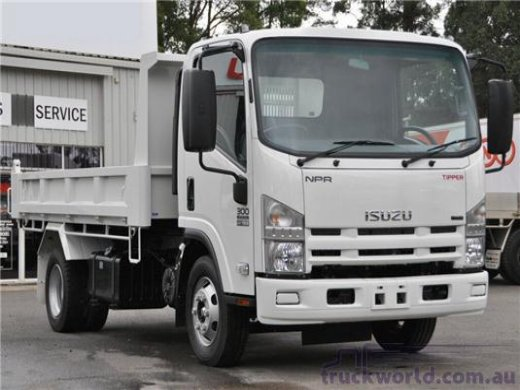 2009 ISUZU NPR 5.2(5.5TONS) Online Average Sale Price HKD$235,450
