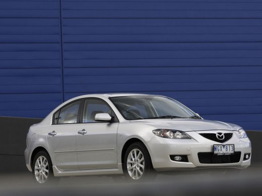 2005 MAZDA MAZDA3 1.5 Online Average Sale Price HKD$19,691
