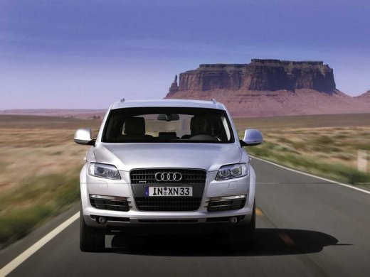 2007 AUDI Q7 4.2 QUATTRO Online Average Sale Price HKD$162,474