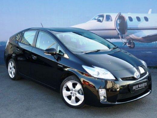 2012 TOYOTA PRIUS 1.8 網上放售平均價 NTD$458,250